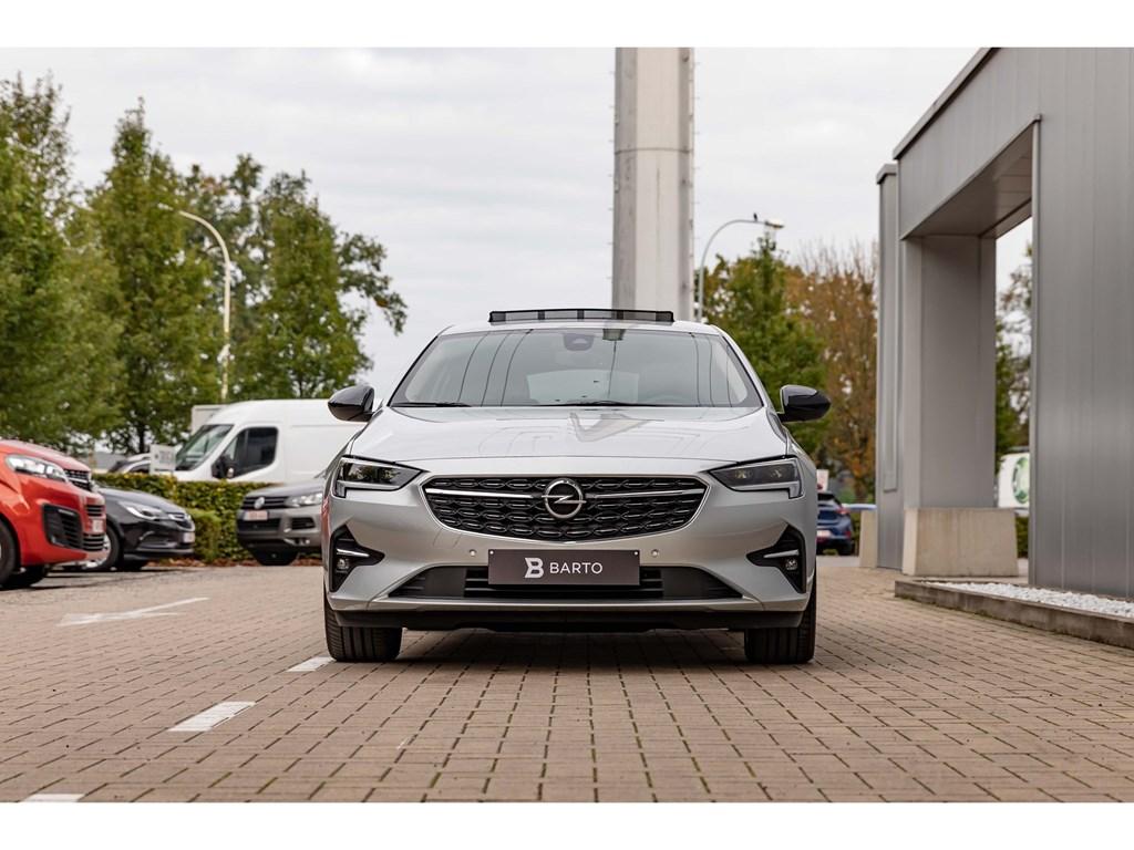 Tweedehands te koop: Opel Insignia Zilver - 15Diesel AT8EleganceBlack Gloss AluVolledig LederCameraDodehoeksens