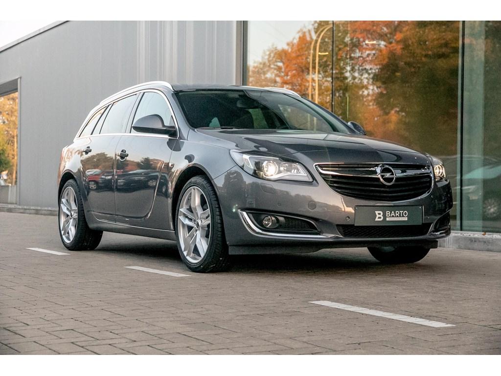 Tweedehands te koop: Opel Insignia Grijs - ST - Cosmo - Xenon - A-rij cam - Digit display - Directiewagen