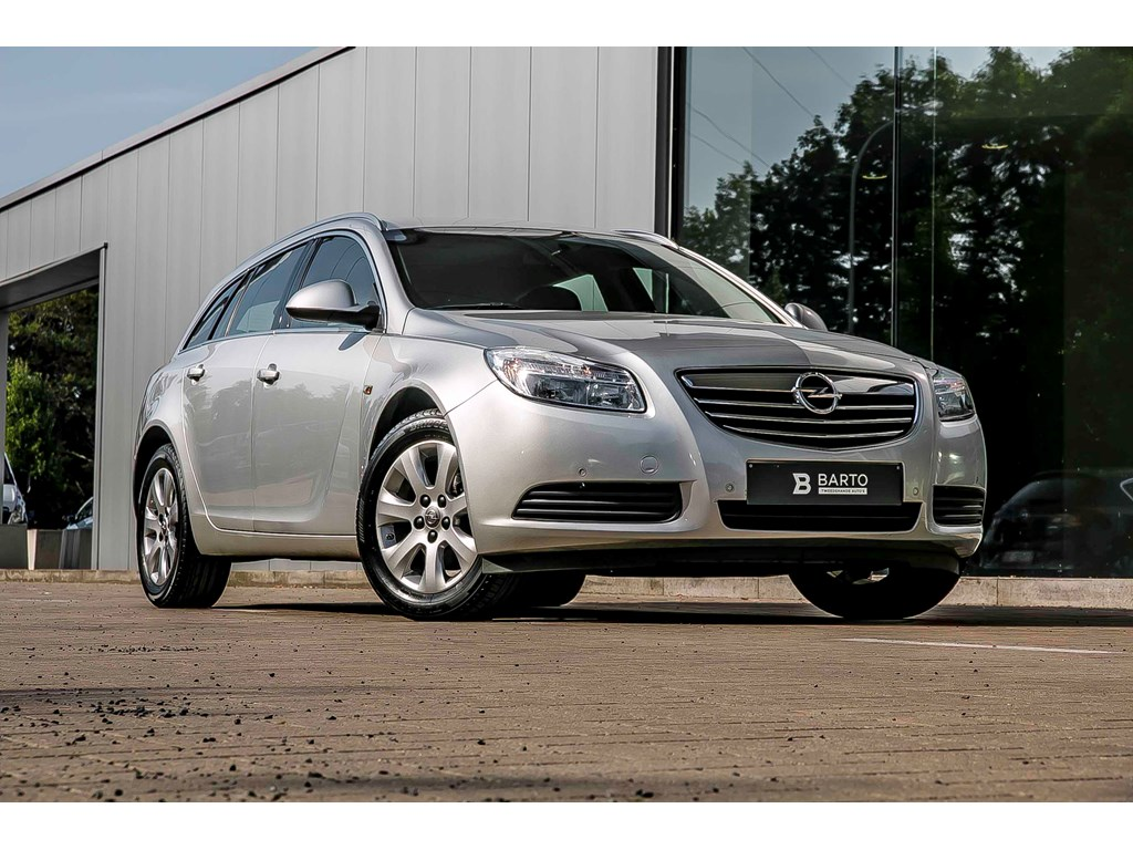 Tweedehands te koop: Opel Insignia Zilver - Sports Tourer - Navigatie - 150Years Edition