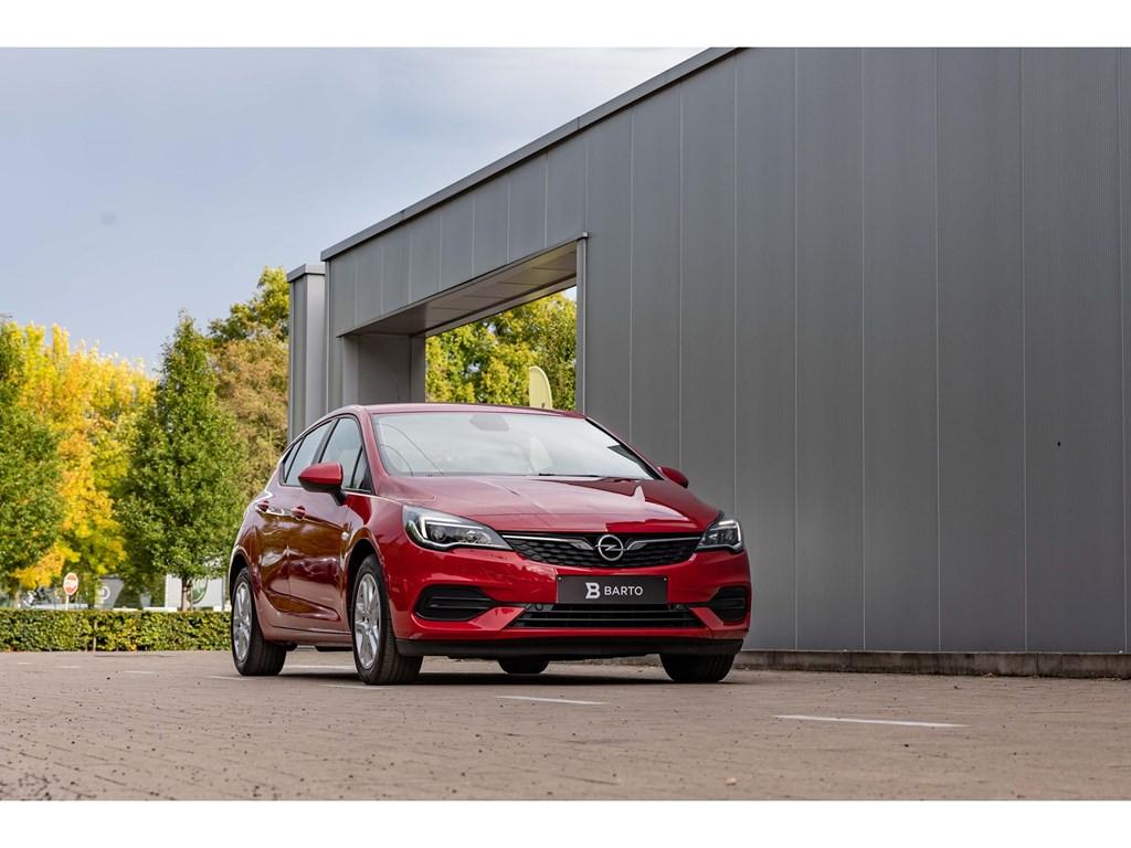 Tweedehands te koop: Opel Astra Rood - 5-deurs Edition 12 Turbo 110pk