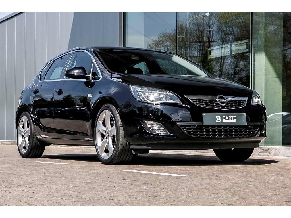 Tweedehands te koop: Opel Astra Zwart - Sport - Leder - Xenon - Flexride - 19 wielen