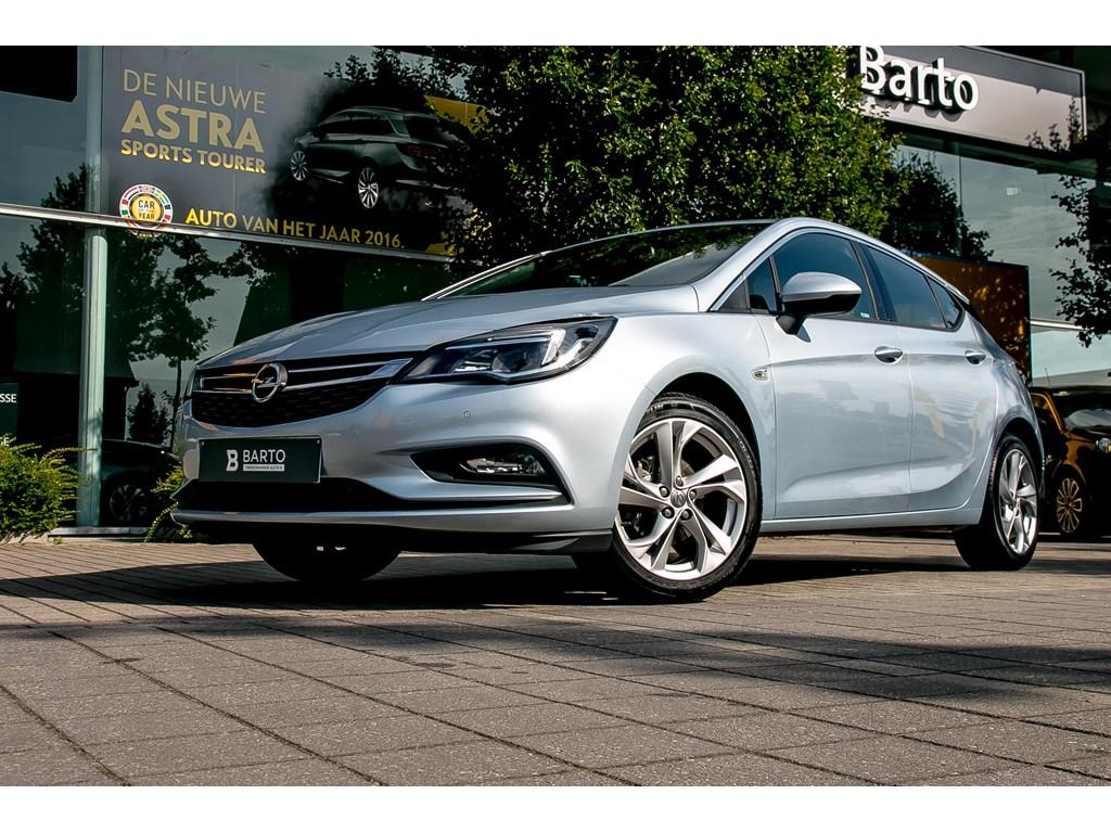 Tweedehands te koop: Opel Astra Zilver - 14 Turbo - Dynamic - Navi - Led Achterlichten - Offlane - SportModus