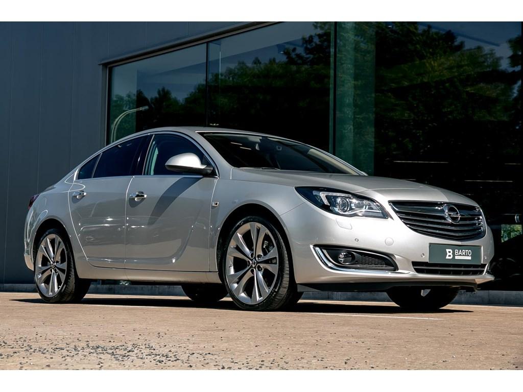 Tweedehands te koop: Opel Insignia Zilver - BiTurbo 195 pk - Xenon - Afn TH - Ergon Zetels - Navi - Bose Sound - Directiewagen
