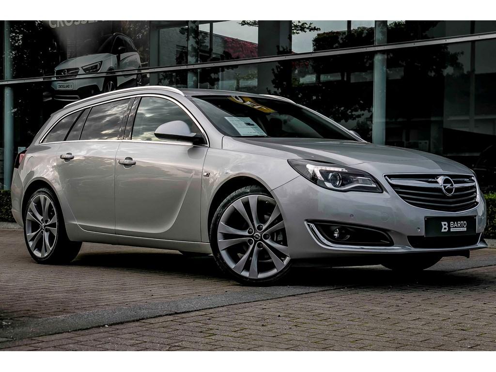 Tweedehands te koop: Opel Insignia Zilver - ST - Cosmo - Lederen Sportzetels - Navi - Weinig Km -