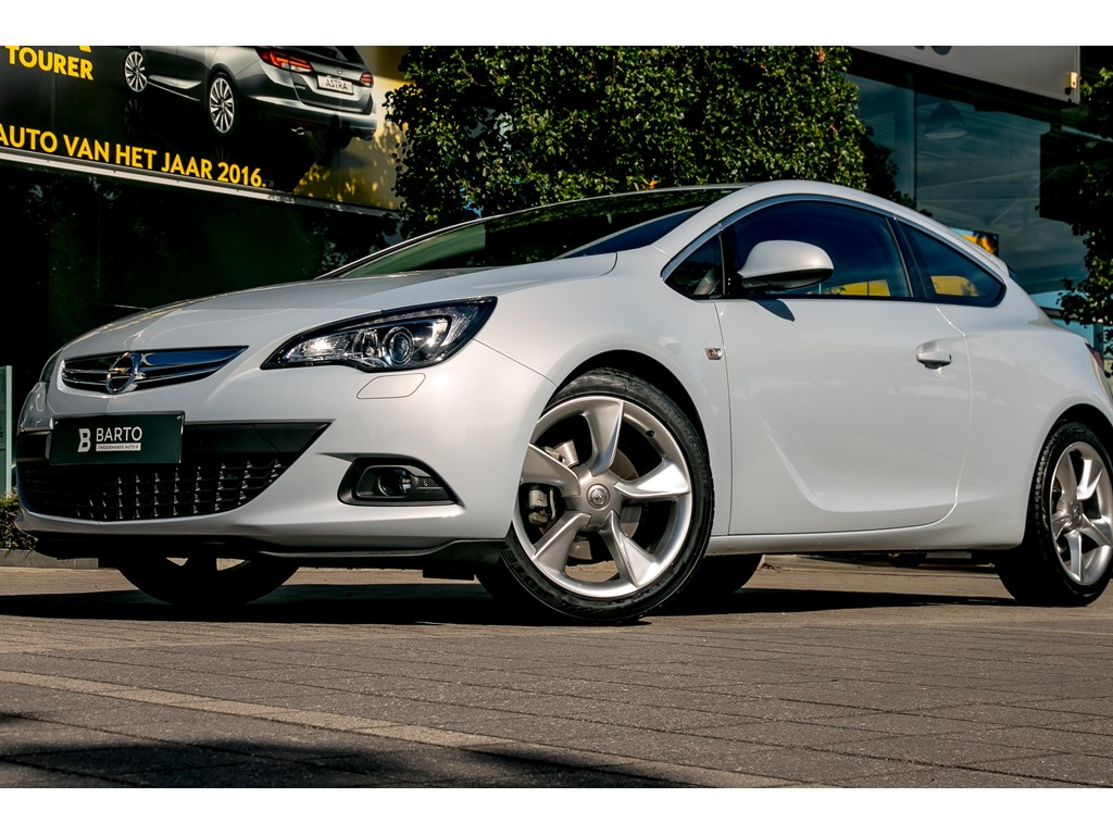Opel-Astra-Wit-GTC-14-Turbo-Leder-Xenon-Navi-Weinig-Kms