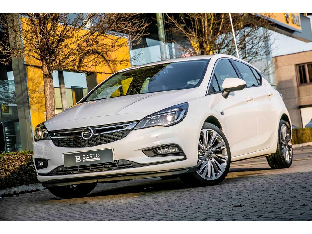 Tweedehands te koop: Opel Astra Wit - DIRECTIE WAGEN Nieuw - 5 Deurs Innovation 14 Turbo 125pk