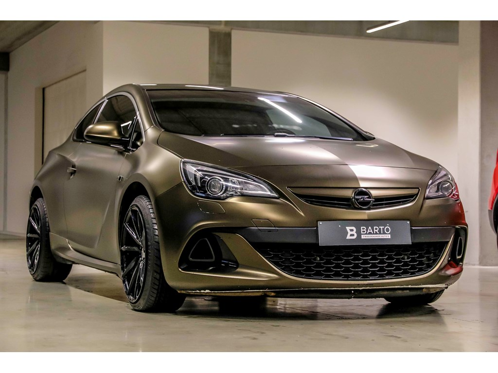 Tweedehands te koop: Opel Astra Wit - GTC 14b 140PK - Xenon - Leder -Auto Airo - 1j Volledige Garantie -