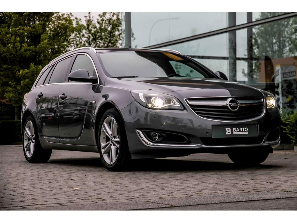 Tweedehands te koop: Opel Insignia Grijs - Sports Tourer 16 CDTi - Cosmo - Xenon - Leder - OPC line int - 18 wielen