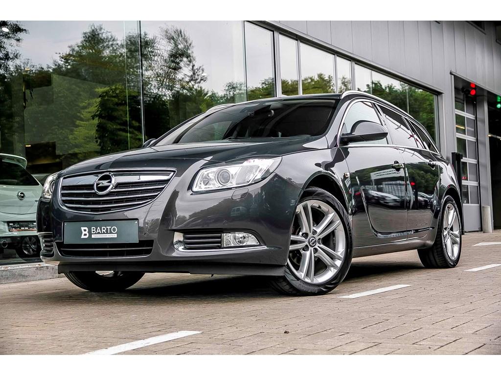 Tweedehands te koop: Opel Insignia Grijs - Insignia ST - 20d 130pk - Cosmo - Navi - Airco - Lederen zetels -