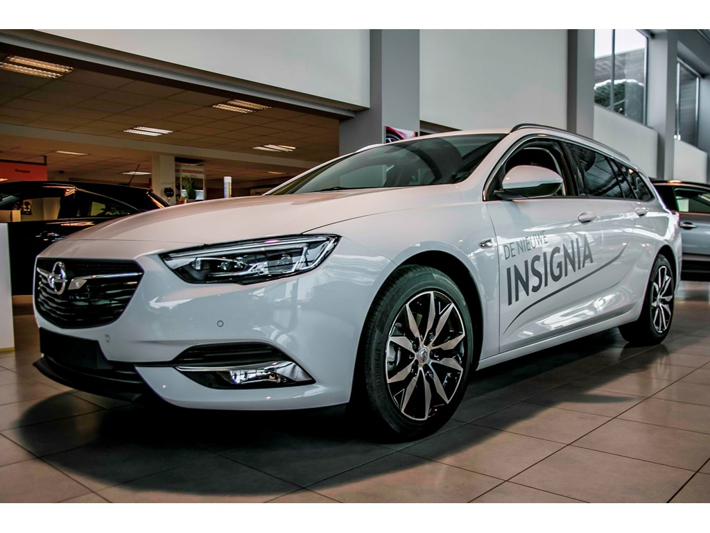 Tweedehands te koop: Opel Insignia Wit - Sports Tourer Dynamic - Nieuw - 15 Turbo - Leder - Head Up display -