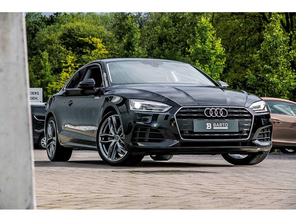 Tweedehands te koop: Audi A5 Zwart - S-tronic - 19 wielen - Donker glas - Leder - Camera - Nieuw
