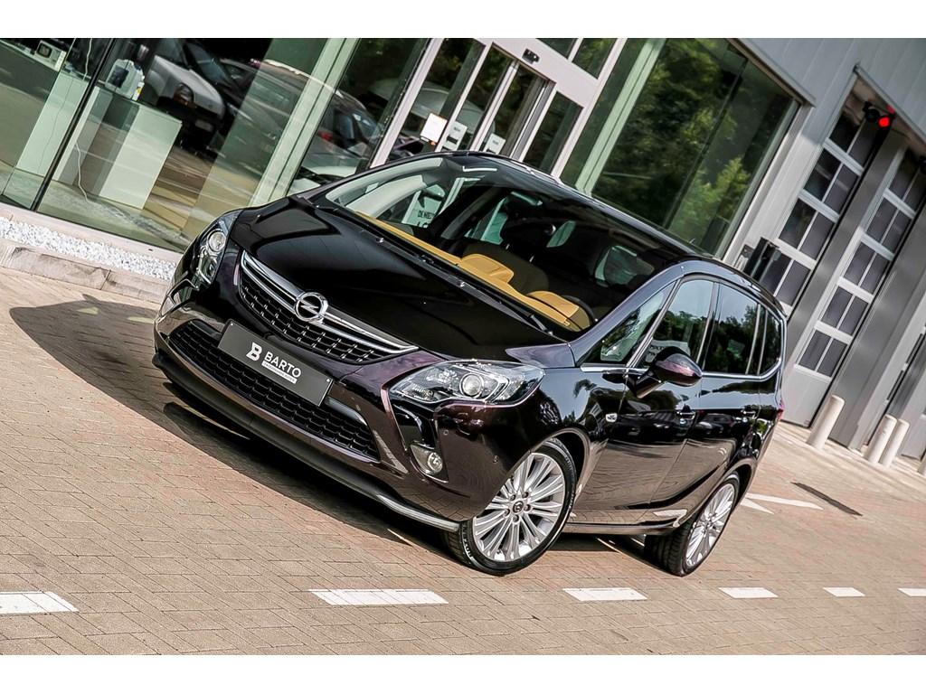Tweedehands te koop: Opel Zafira Tourer Bruin - Cosmo - 170pk - Xenon - 7 zit - Panor Dak