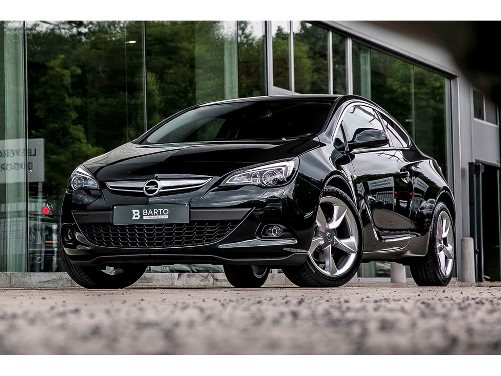 Tweedehands te koop: Opel Astra Zwart - 14 Turbo - Navi - Sport - 19 - Xenon