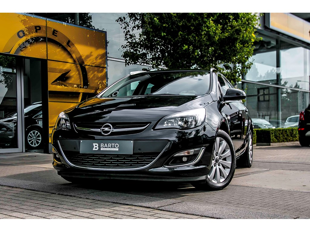 Opel-Astra-Zwart-Verkocht-Gefeliciteerd-Jan-