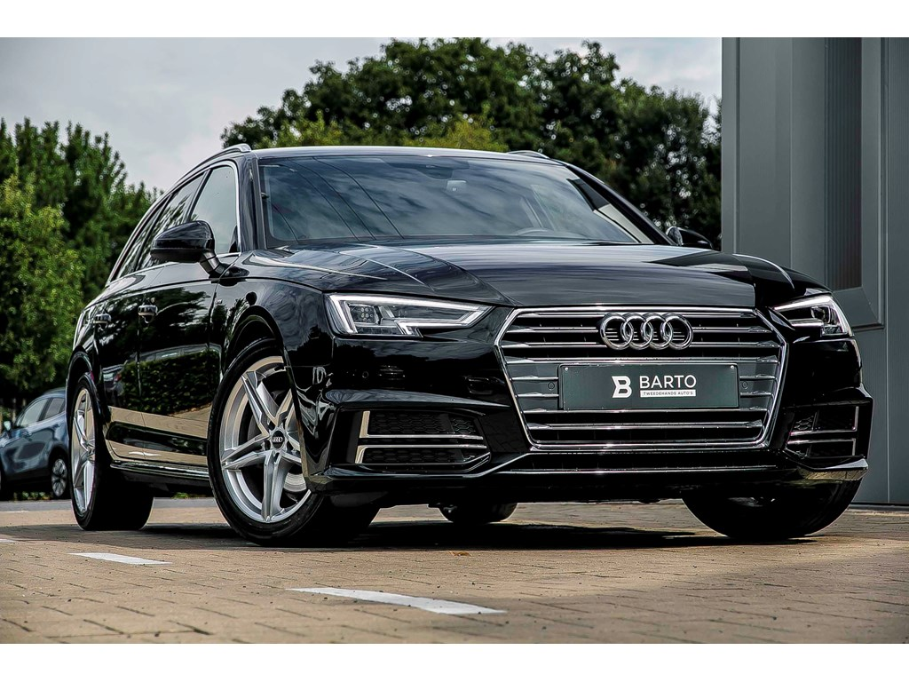 Tweedehands te koop: Audi A4 Zwart - Avant - 190pk - S line - Virt Cockpit - Full LED - Elec Koffer -