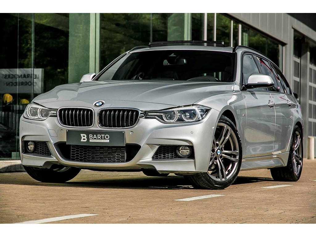 Tweedehands te koop: BMW 318 Zilver - Touring M-Sport - Pano dak - LED - Leder - Prof Navi - Head up disp -