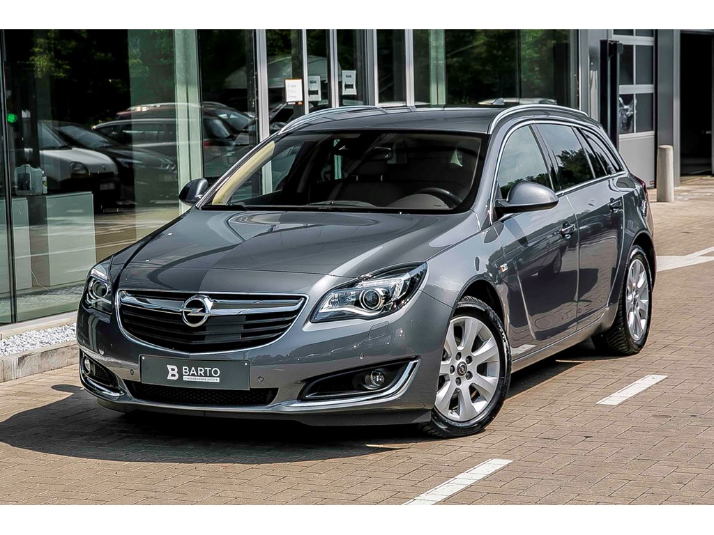 Opel-Insignia-Grijs-ST-Cosmo-Xenon-Leder-Adapt-CC-Camera-Off-lane-detect-Weinig-kms