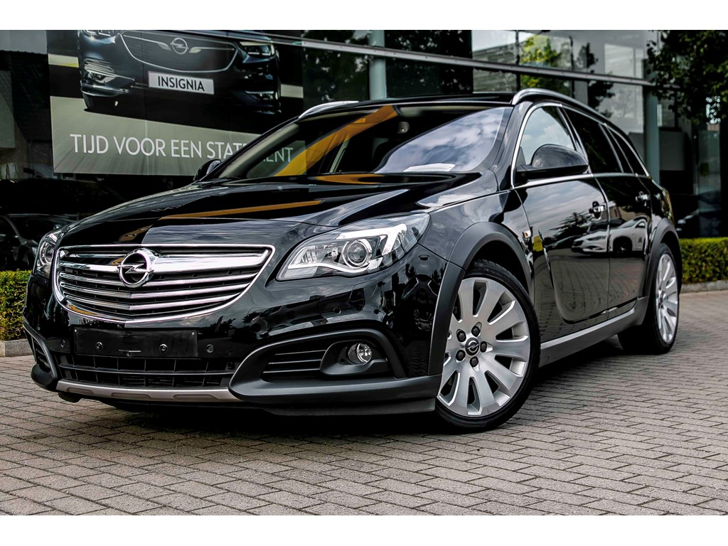 Opel-Insignia-Zwart-COUNTRY-TOURER-20d-163PK-Erg-Leder-Zetels-Xenon-Navi-Auto-Airco-Parkeersens-