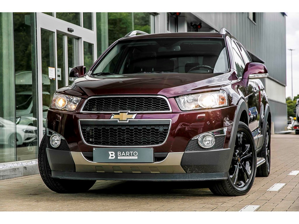 Tweedehands te koop: Chevrolet Captiva Bordeaux - 22 diesel - 4x4 - automaat - Full Option - Leder - Navi - Xenon -