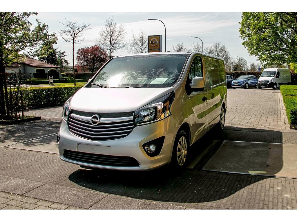 Tweedehands te koop: Opel Vivaro Zilver - 16d 115pk - L1H1- Navigatie - Trekhaak - Airco - Parkeersens achter -