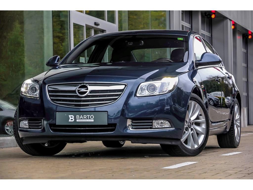 Tweedehands te koop: Opel Insignia Blauw - 14b Turbo 140pk - 4d - OPC-line interieur - Xenon - Erg Lederen zetels - Navi - Airco -