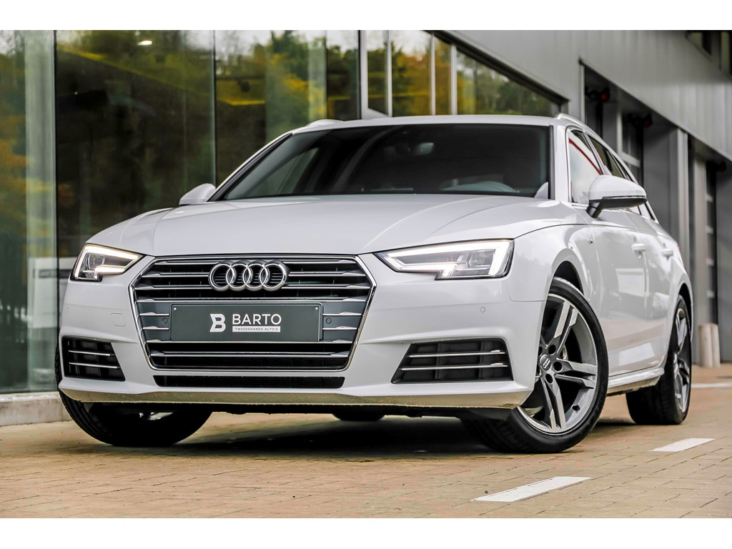 Audi-A4-Wit-S-line-Full-LED-18-biColor-Sportzetels-Demo-Wagen