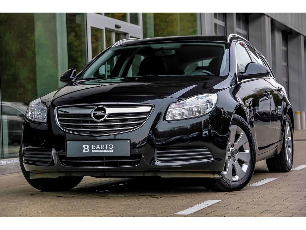 Tweedehands te koop: Opel Insignia Zwart - ST - 20d 130pk - Navi - Leder - Parkeersens - Bluetooth -