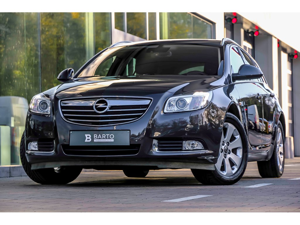 Tweedehands te koop: Opel Insignia Anthraciet - 20d 130pk - ST - Cosmo - Navi - Xenon - Erg Leder Zetels - Auto Airco -