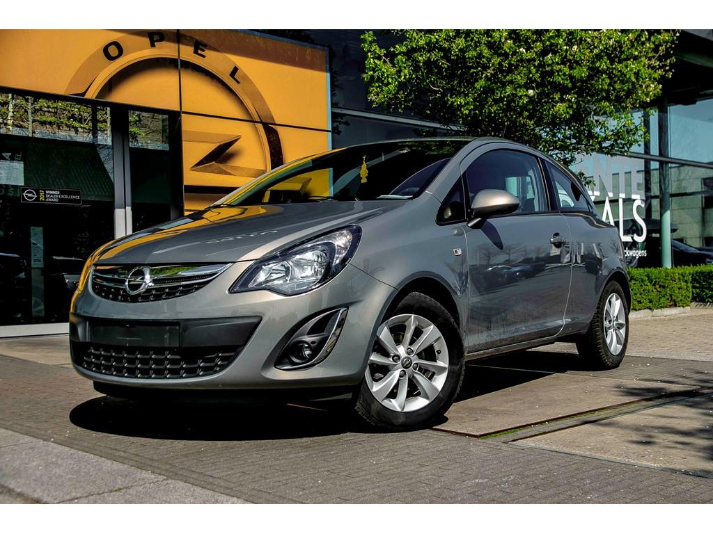 Tweedehands te koop: Opel Corsa Beige - 13d 75pk - Airco - Alu velgen - Weinig KMs