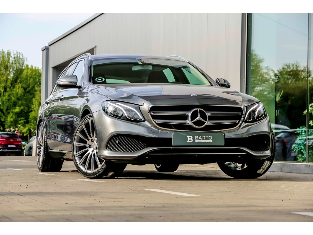Mercedes-Benz-E-220-Grijs-E220-194pk-LED-Navi-Electr-Zetels-20-camera-Weinig-kms
