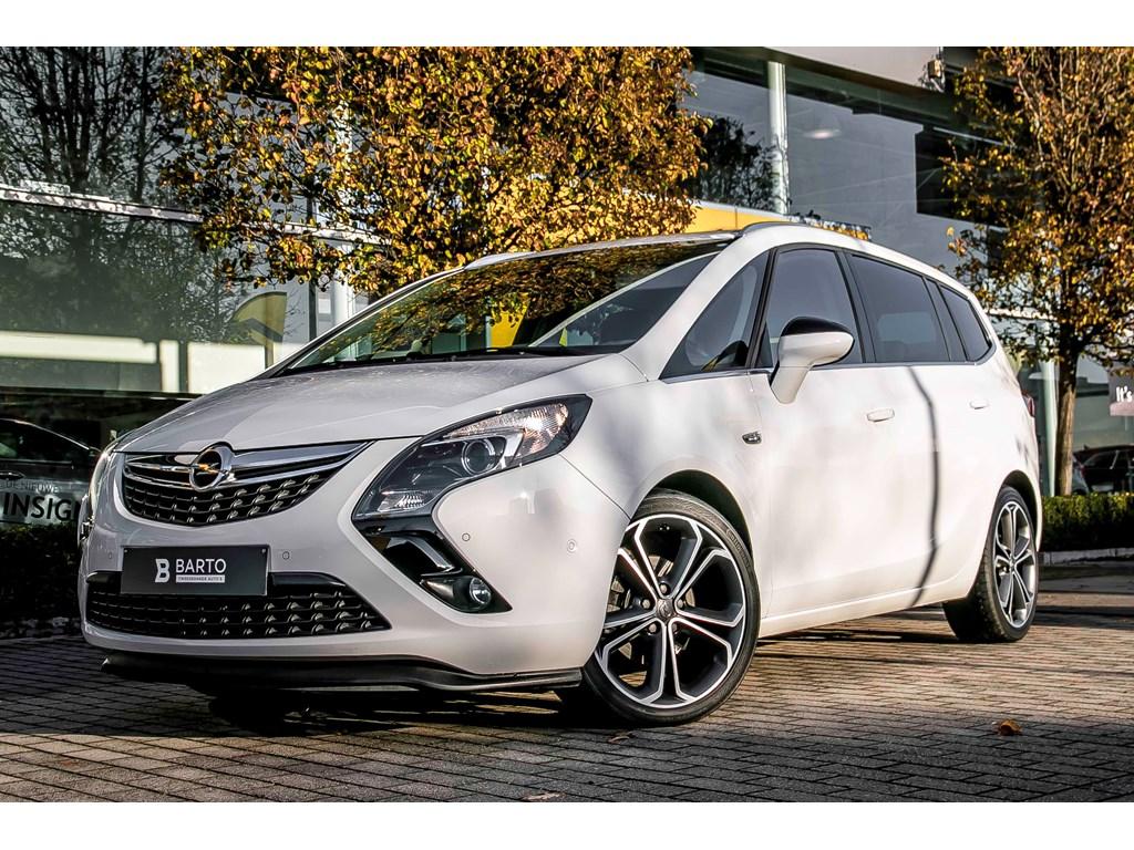 Tweedehands te koop: Opel Zafira Tourer Wit - 20CDTi 130pk - Cosmo - Navi - Achteruitrijcamera - Auto Airco - Auto Lichten - Regensens -