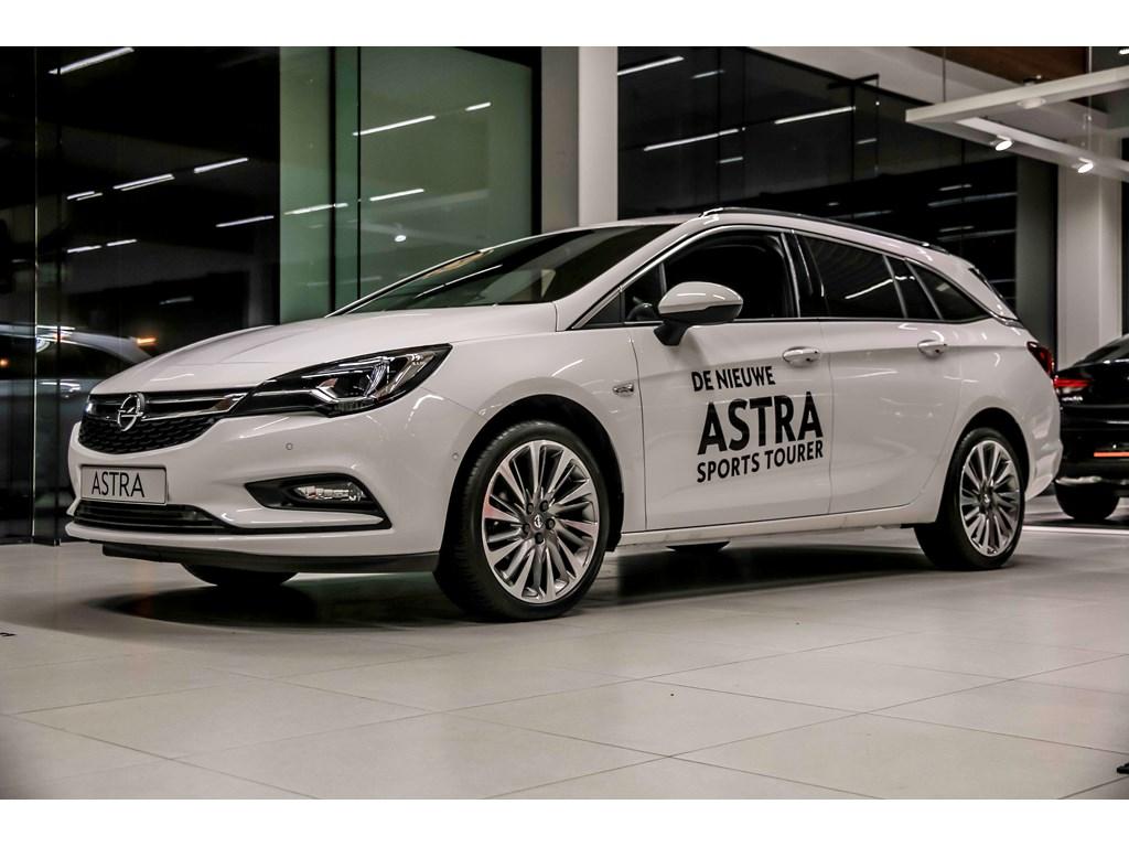 Tweedehands te koop: Opel Astra Wit - Sports Tourer 14 Turbo 125pk Innovation - Nieuw