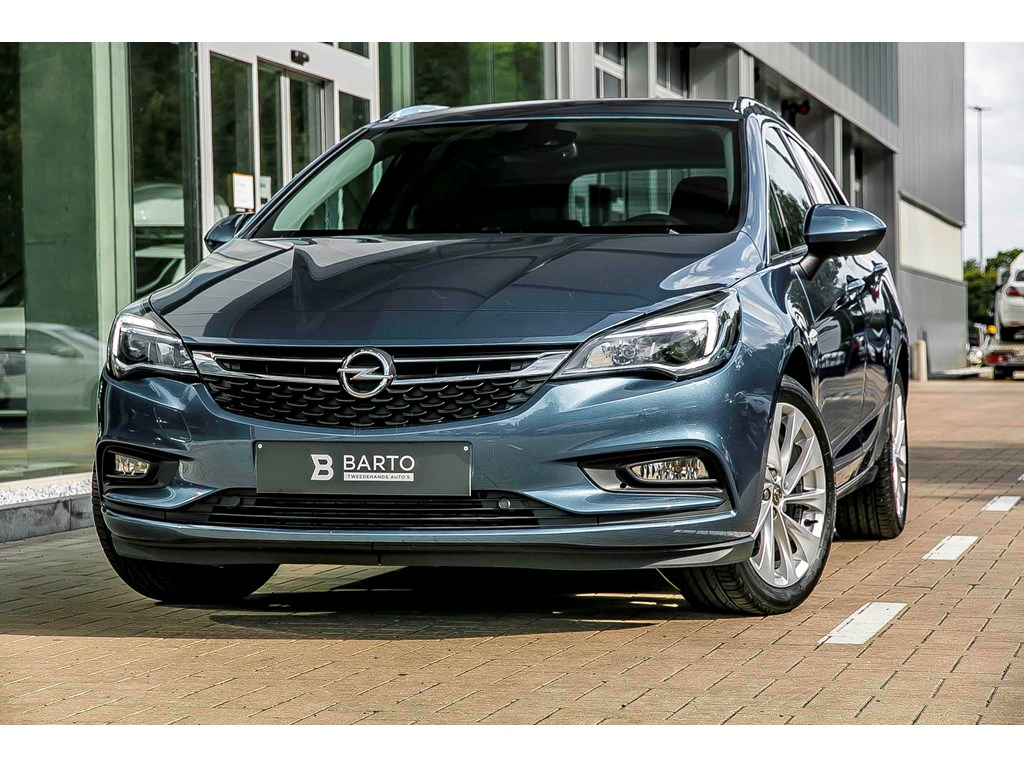 Tweedehands te koop: Opel Astra Blauw - 14 T 150pk - Innovation - Navi - Camera -