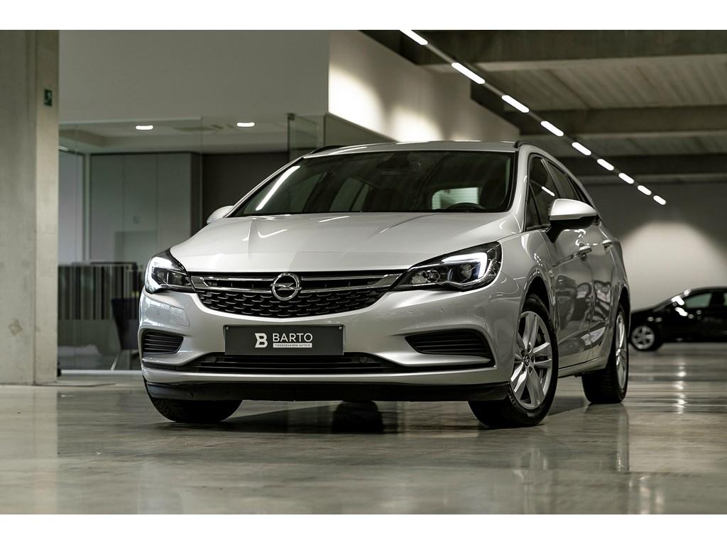 Tweedehands te koop: Opel Astra Zilver - 16d 110pk - Airco - Navigatie - Parkeersens va -