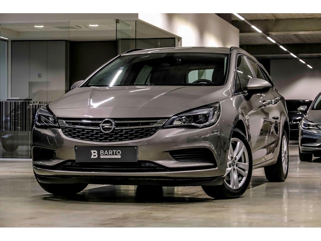 Tweedehands te koop: Opel Astra Grijs - 16d 110pk - Edition - Navi - Airco - Regensens - Auto Lichten -