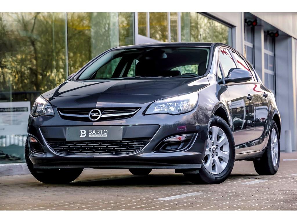 Tweedehands te koop: Opel Astra Grijs - 16d 110pk - Airco - Auto Lichten - Regensens - Bluetooth - Cruisectrl -