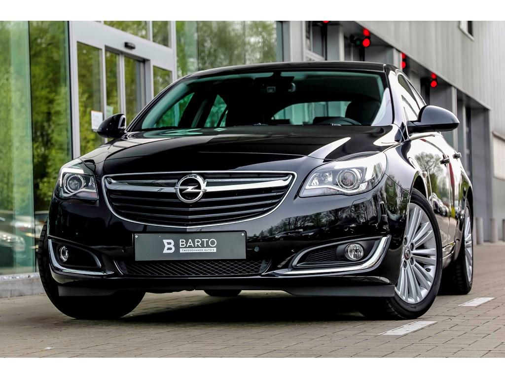 Tweedehands te koop: Opel Insignia Zwart - 16d 136pk - 5d - Xenon - Erg Leder - Navi -Auto Airco -