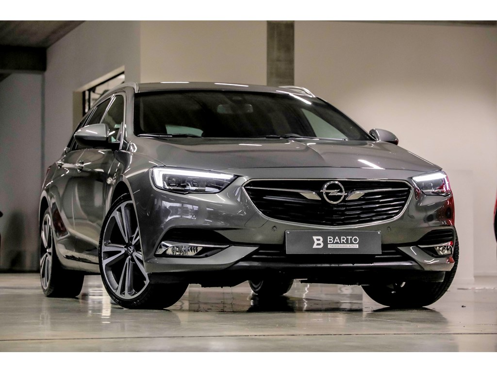 Tweedehands te koop: Opel Insignia Zwart - 16T 165pk - Premium Leder - 20 wielen - OPC line - 360 camera