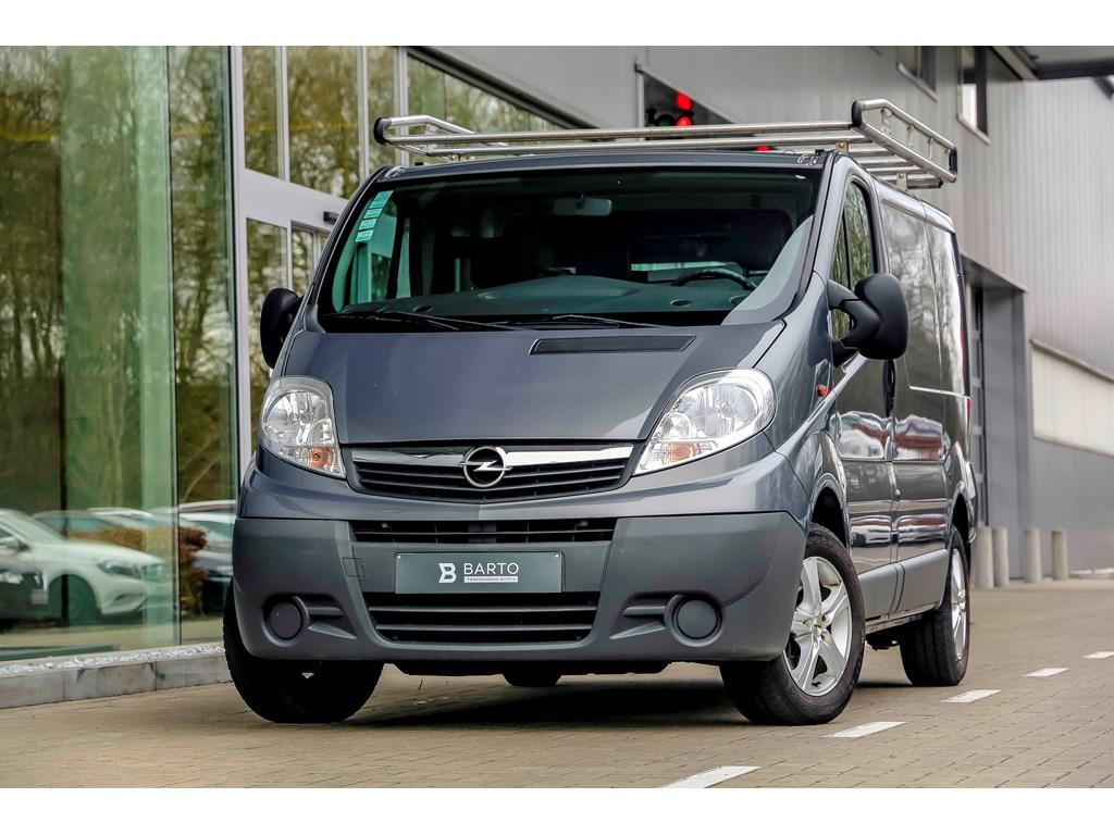 Opel-Vivaro-Grijs-20d-115pk-L1H1-Airco-Dakdrager-Houten-wanden-