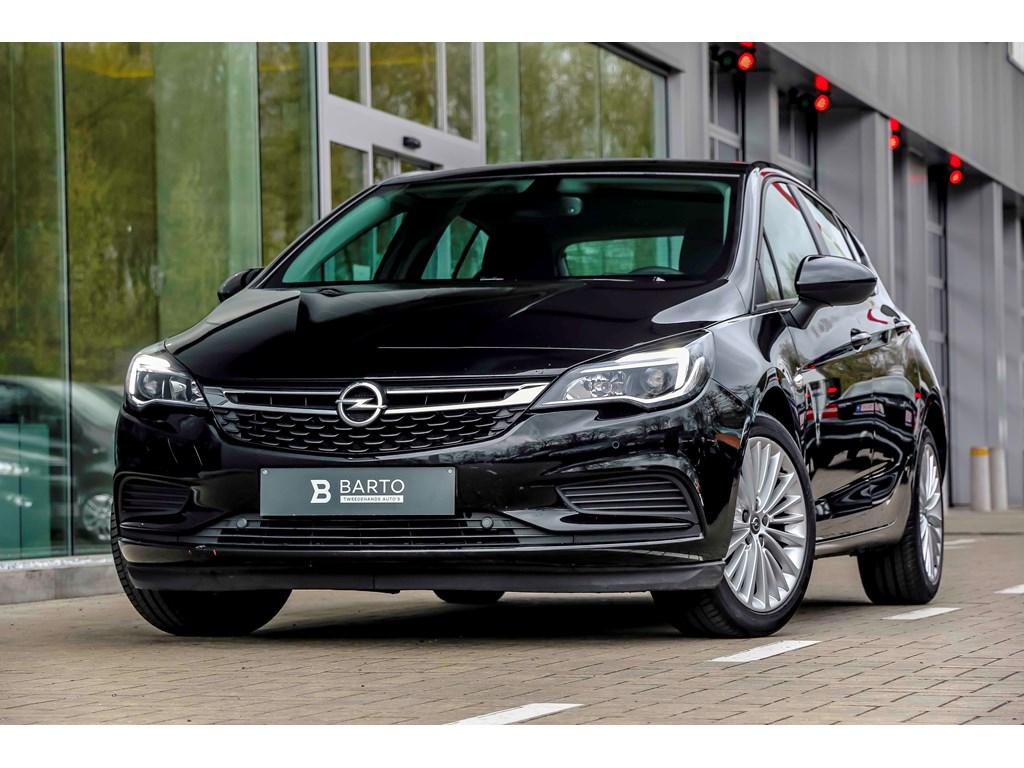 Tweedehands te koop: Opel Astra Zwart - 10benz 105pk - Automaat - Navi - Airco - Weinig km -