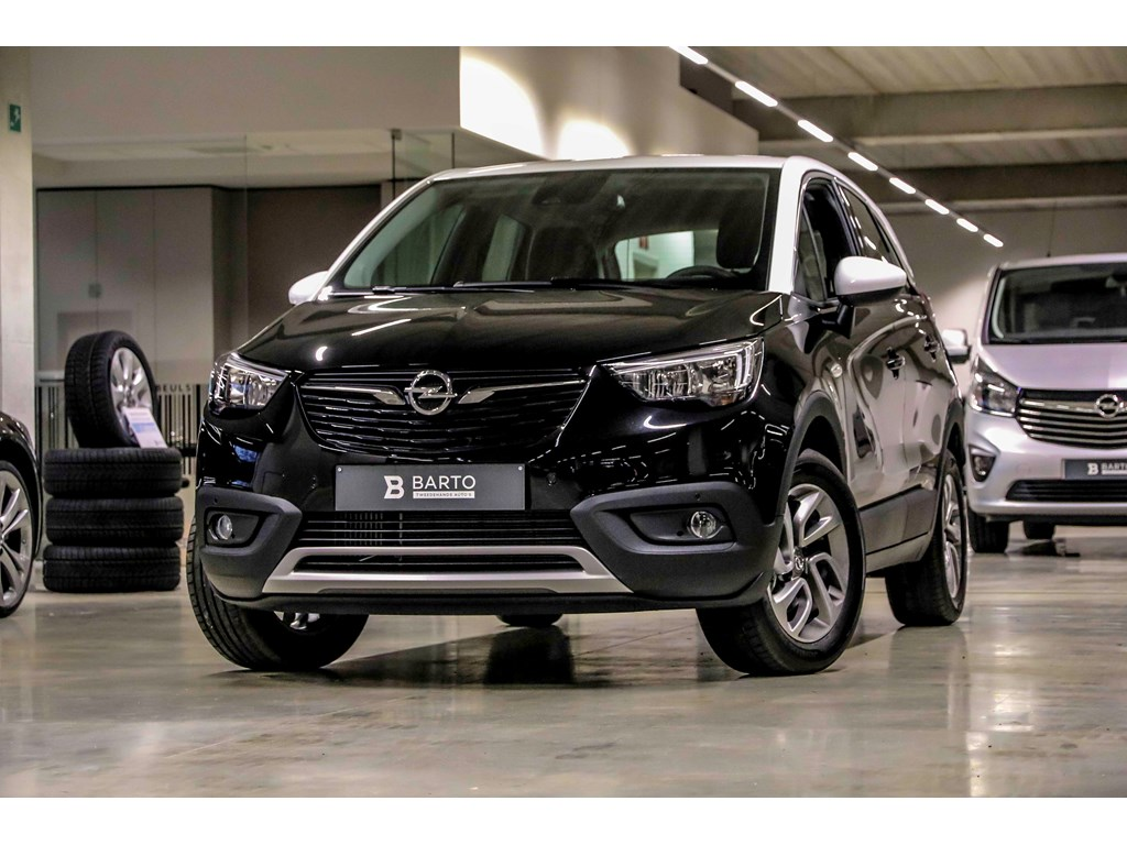 Tweedehands te koop: Opel Crossland X Zwart - 12T - Automaat - Navi - Camera - 5 jaar waarborg - Winterpack