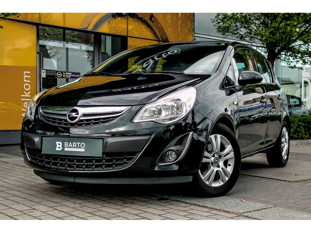 Tweedehands te koop: Opel Corsa Zwart - 13d 75pk - Navi - Airco - Bluetooth -