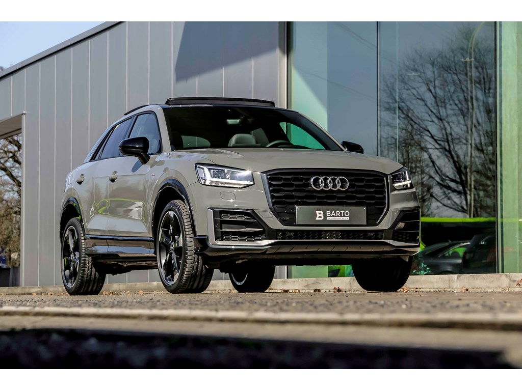 Audi-Q2-Grijs-Black-Edition-BO-Pano-dak-Leder-Virt-Cockpit-NIEUW