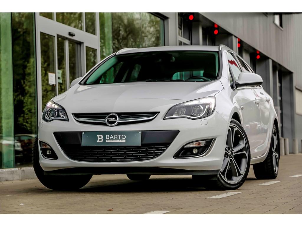 Tweedehands te koop: Opel Astra Wit - 16d 110pk - Leder - Xenon - BIColor - Auto Airco - Cruisectr -