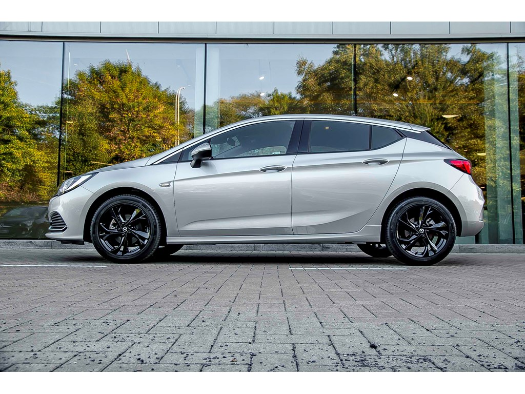 Tweedehands te koop: Opel Astra Zilver - 5-Deurs 14 Turbo Benz 125pk - OPC Line - Nieuw