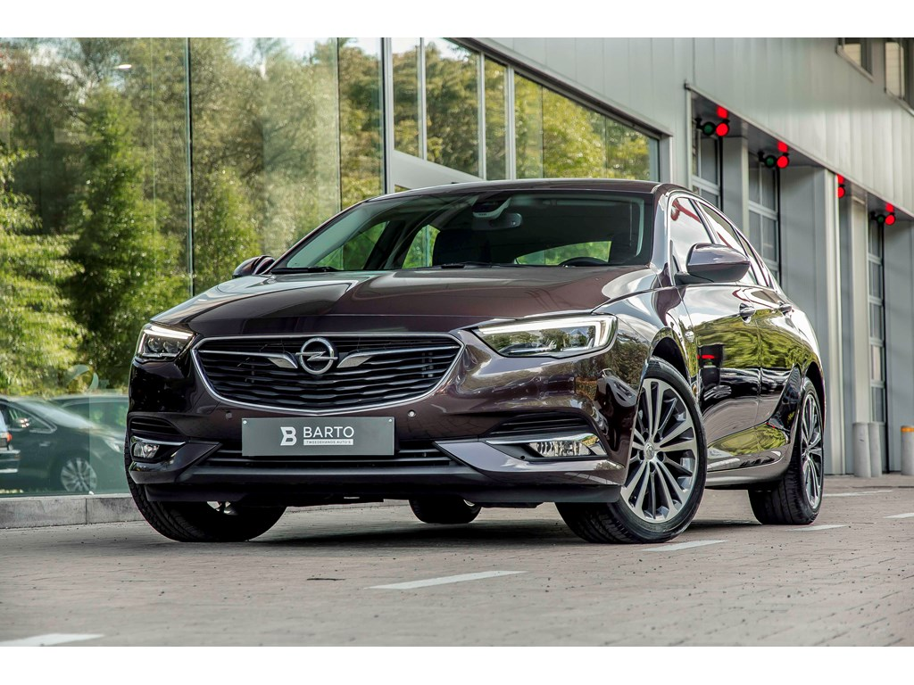 Tweedehands te koop: Opel Insignia Bruin - 16d 136pk - Automaat - Leder - Navi - Led Matrix -