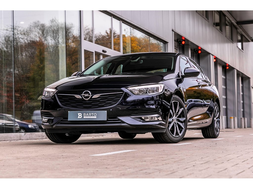 Tweedehands te koop: Opel Insignia Blauw - 16d 110pk - Navi - Auto Airco - Parkeersens va - Offlane -