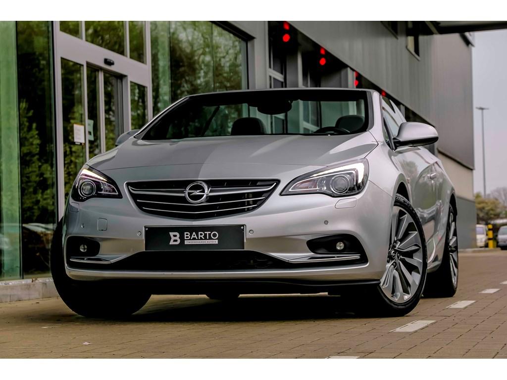 Tweedehands te koop: Opel Cascada Zilver - 14b 140pk - Navi - Camera - Xenon - Erg Leder - Bluetooth -