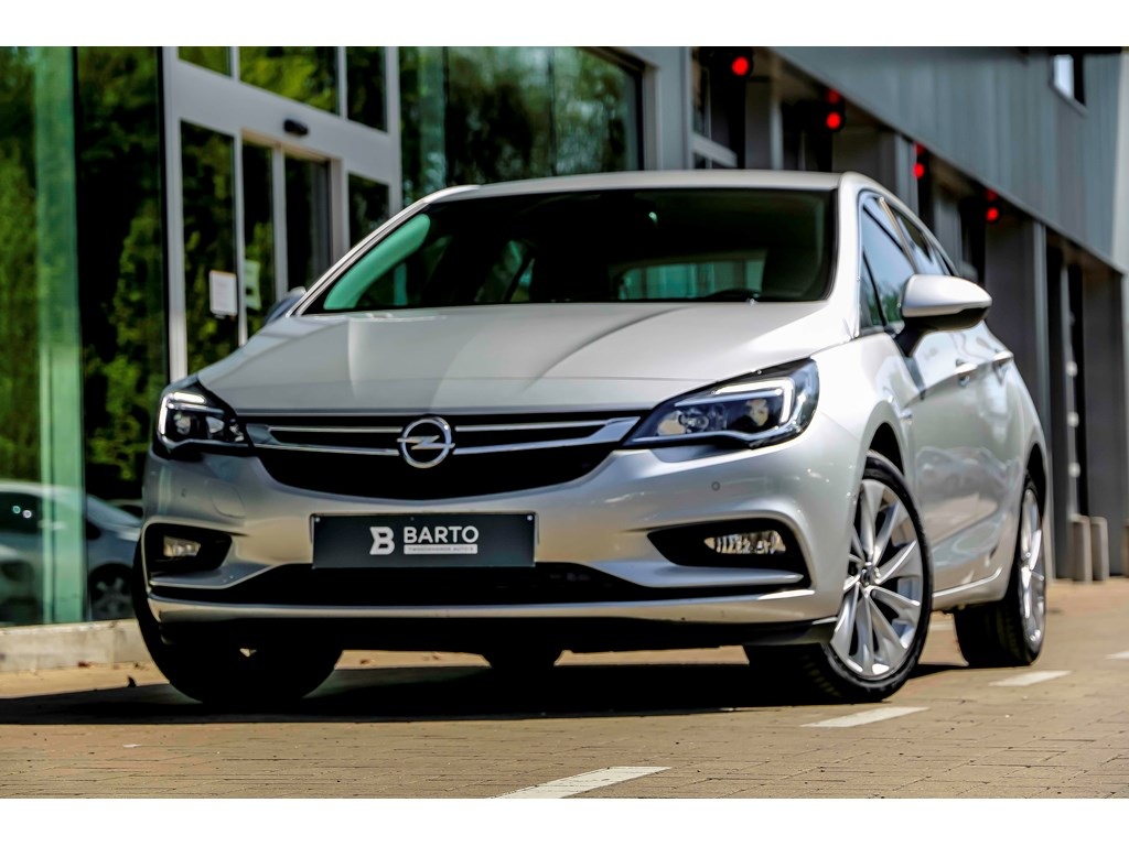 Tweedehands te koop: Opel Astra Zilver - 14b 150pk - Navi - Camera - Offlane - Dode hoek - Botswrsch -