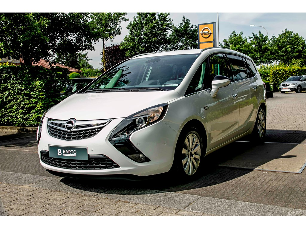 Tweedehands te koop: Opel Zafira Tourer Wit - 14 Benz 120pk - Navi - Camera - Auto Airco - Bluetooth - Cruisctrl -
